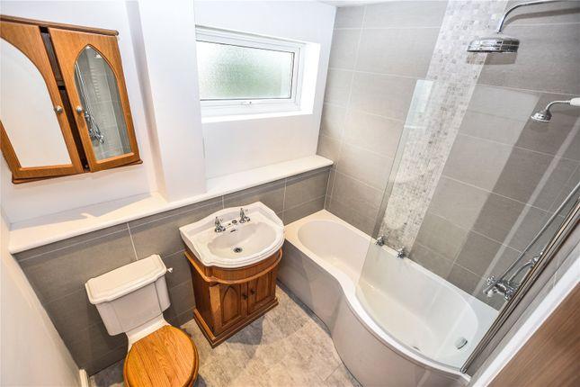 Family Bathroom of Nutmead Close, Bexley, Kent DA5