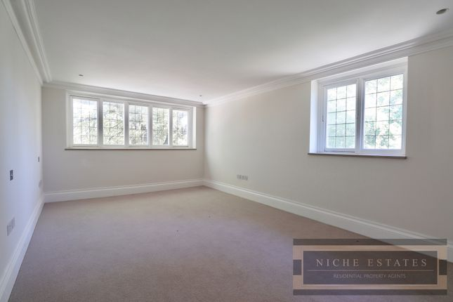 Thumbnail Flat to rent in Mill Heights, London