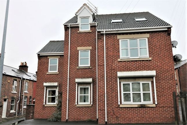 Thumbnail Flat to rent in Pindar Oakes Cottages, Barnsley, South Yorkshire