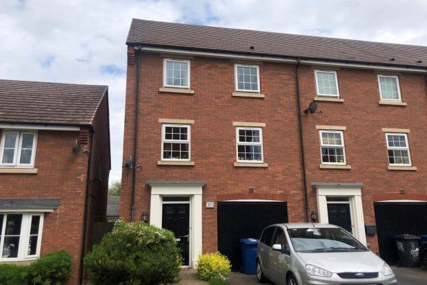 4 bed property to rent in Mary Slater Road, Lichfield WS13
