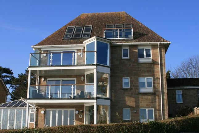 Thumbnail Flat for sale in Beatrice Avenue, Shanklin