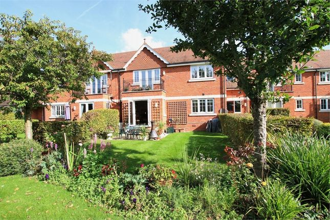 Thumbnail Flat for sale in Bonhomie Court, Broadcommon Road, Hurst, Reading, Berkshire