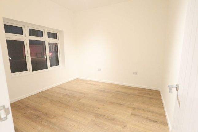 Thumbnail Bungalow to rent in Brook Street, Erith