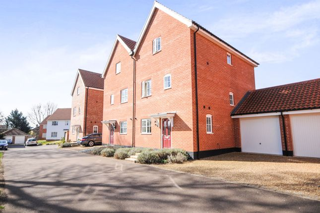 Thumbnail Semi-detached house for sale in Waterloo Close, Thetford