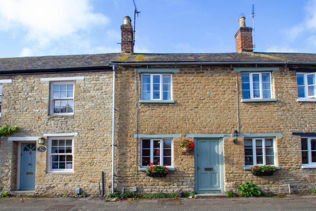 Thumbnail Cottage to rent in Church View, Bampton