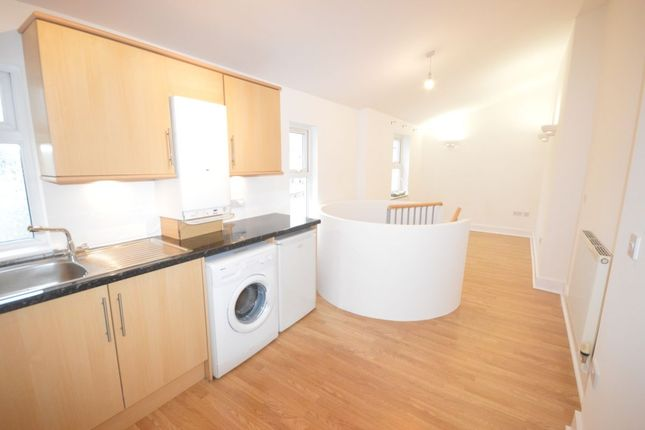 Thumbnail Flat to rent in Albert Road, Plymouth