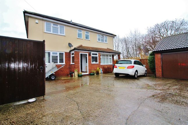 Thumbnail Detached house for sale in Roland Lane, Canvey Island
