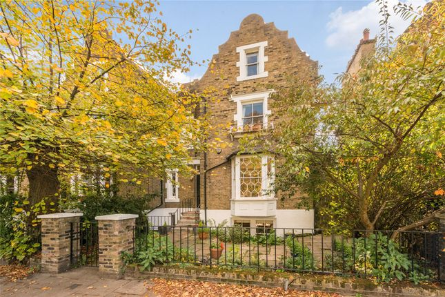 Thumbnail Terraced house for sale in De Beauvoir Square, Hackney, London
