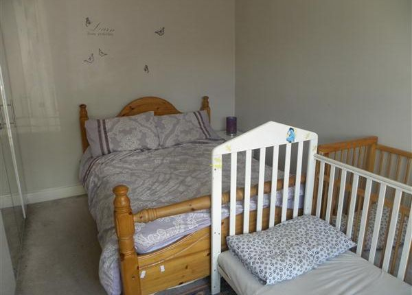 Bedroom of St. Johns Road, Slough SL2