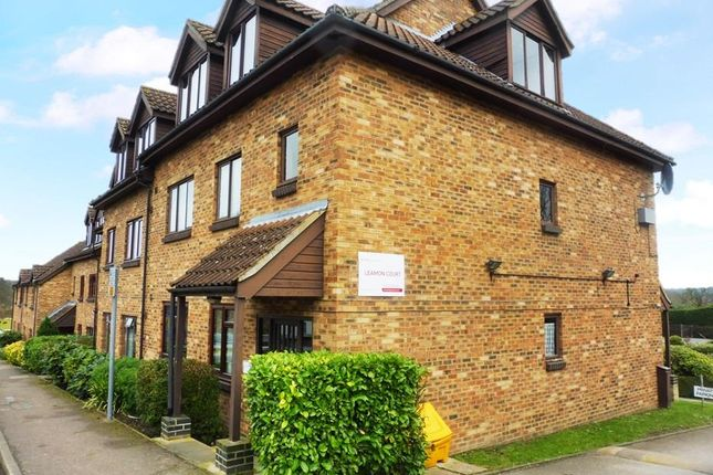 2 bed flat to rent in Leamon Court, Brandon IP27