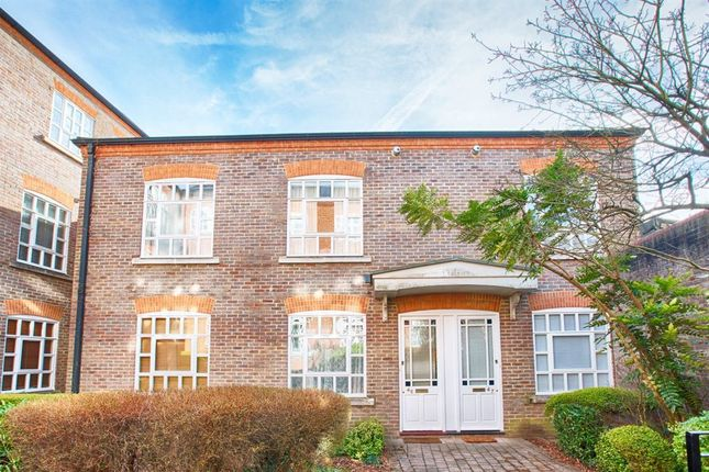 Thumbnail Property to rent in Milliners Court, Lattimore Road, St.Albans