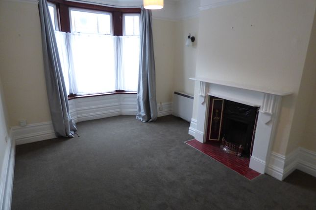 Thumbnail Flat to rent in Liss Road, Southsea, Hampshire