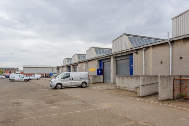 Light industrial to let in Earls Road, Grangemouth
