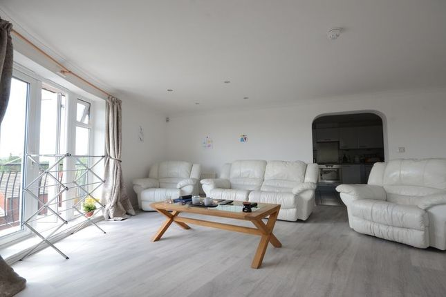 Thumbnail Flat to rent in Blakes Quay, Gas Works Road, Reading