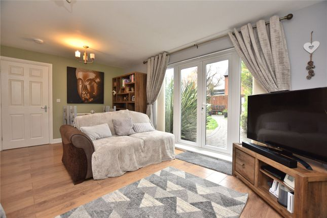Lounge of South Parkway, Seacroft, Leeds, West Yorkshire LS14