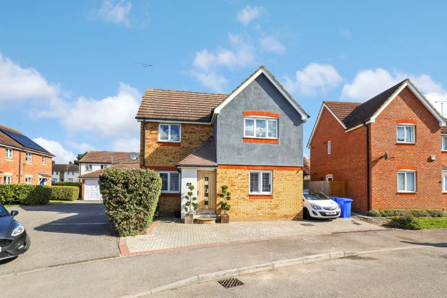 Thumbnail Semi-detached house for sale in Recreation Way, Kemsley, Sittingbourne