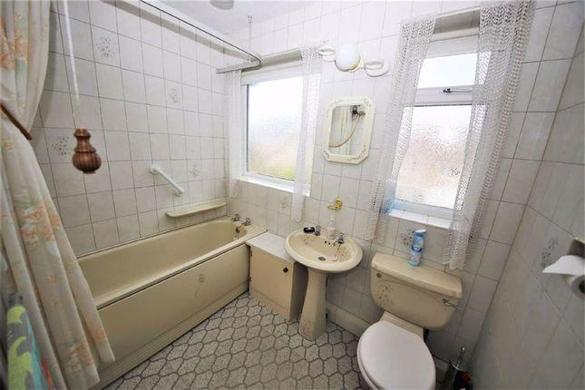 Bathroom/WC of Hanby Gardens, Barnes, Sunderland SR3