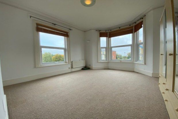 Thumbnail Flat to rent in 85 Victoria Road, Cowes
