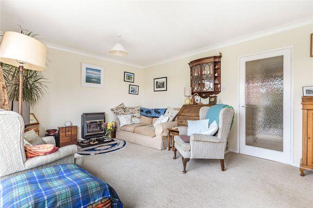 Picture No. 06 of Sun Hill Crescent, Alresford, Hampshire SO24