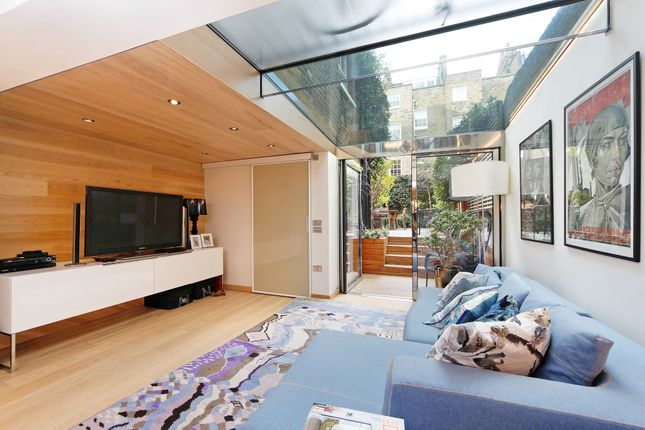 Thumbnail Property for sale in Moore Street, London