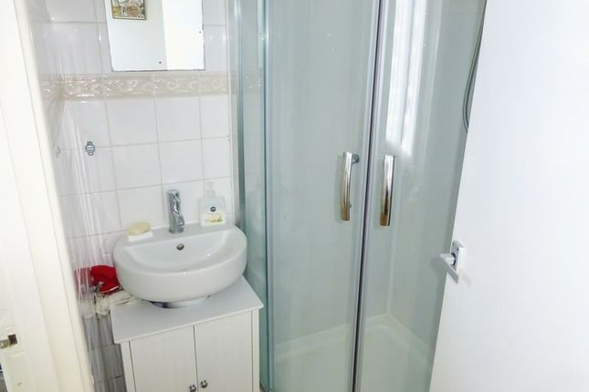 Shower Room of Beach Road, Great Yarmouth NR29