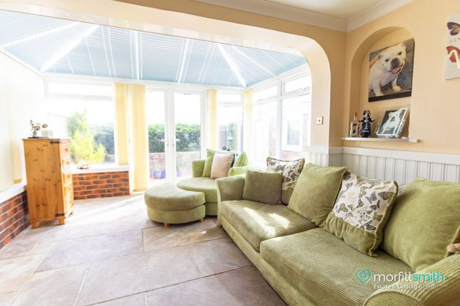 Snug/ Sun-Room of Cavendish Avenue, Loxley, - Cul-De-Sac Location S6