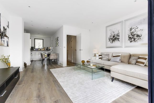Thumbnail End terrace house for sale in Canning Crescent, London