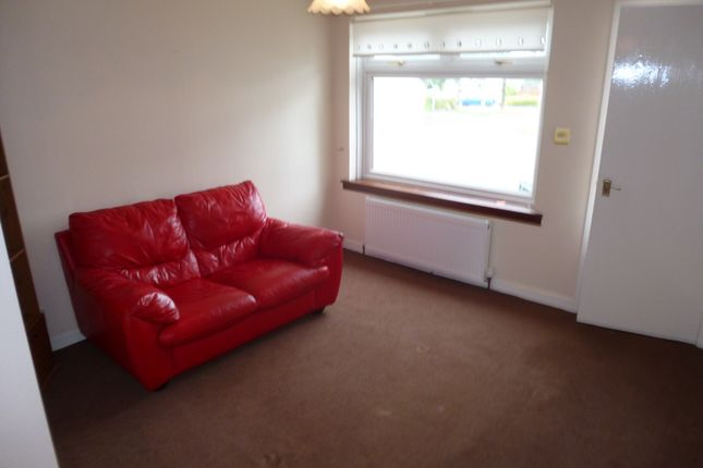Thumbnail Flat to rent in Loganswell Gardens, Thornliebank, Glasgow