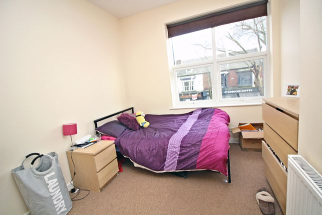 Thumbnail Shared accommodation to rent in Ecclesall Road (Opposite Starbucks), Sheffield