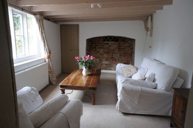 Thumbnail End terrace house to rent in High Street, Sonning