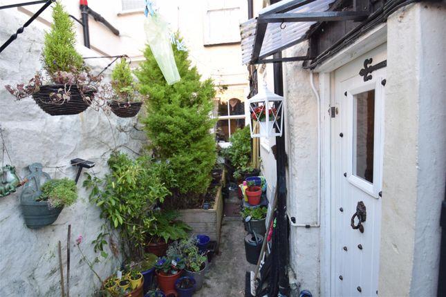 St johns terrace penzance tr18 3 bedroom terraced house for 114 the terrace st john house