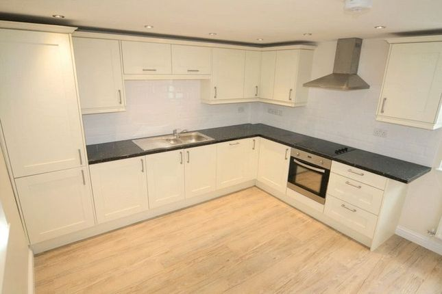 Thumbnail Town house to rent in Painswick Road, Cheltenham