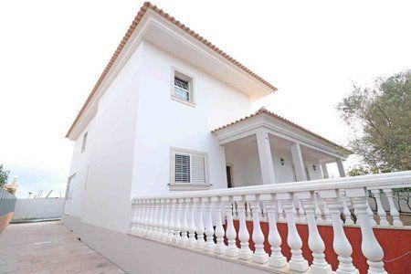 Image 1 4 Bedroom Villa - Central Algarve, Faro (Pv3541)