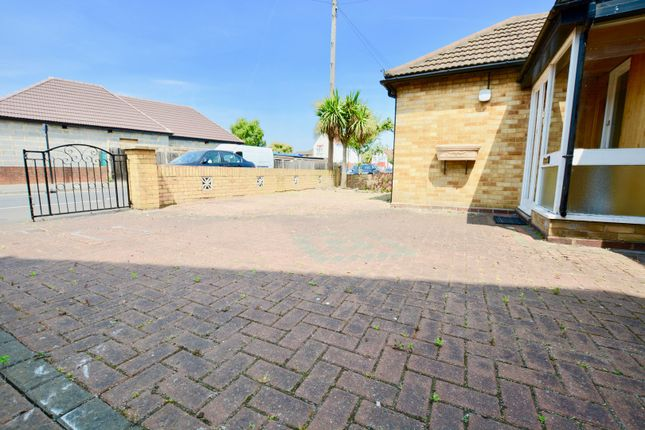 Thumbnail Detached bungalow for sale in Colonial Road, Feltham