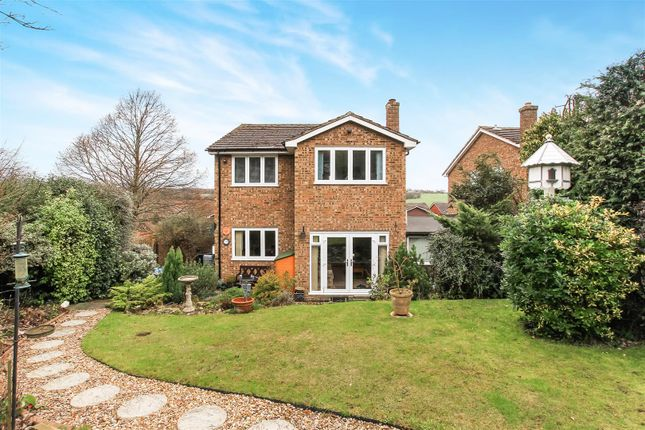 Thumbnail Detached house for sale in Fieldway, Berkhamsted