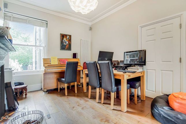 Thumbnail Terraced house to rent in Temple Road, Crouch End, London