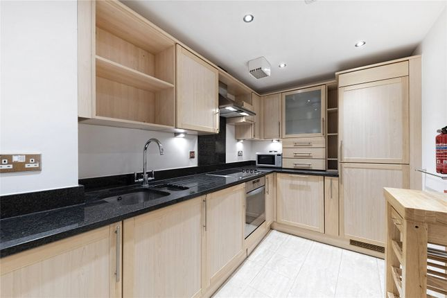 Thumbnail Flat to rent in Horsley Court, Montaigne Close, Westminster, London