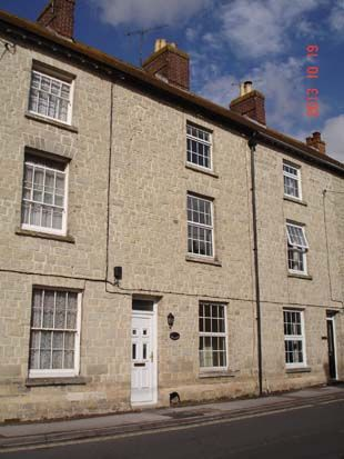 Thumbnail Terraced house to rent in Ashleigh, Castle Street, Mere, Wiltshire