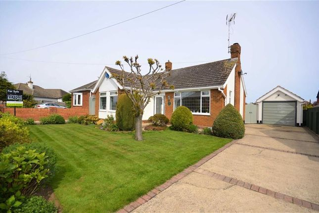 Thumbnail Bungalow for sale in Hunsley Crescent, Grimsby