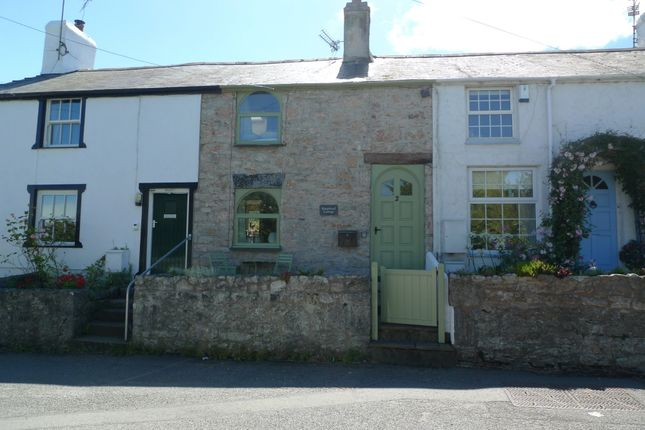 Thumbnail Cottage to rent in Glanwydden, Llandudno Junction