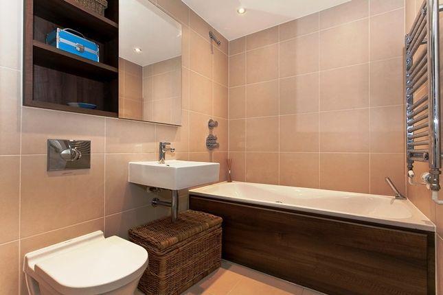Bathroom of Building 10 West Carriage Hse, Royal Carriage Mews N, London SE18