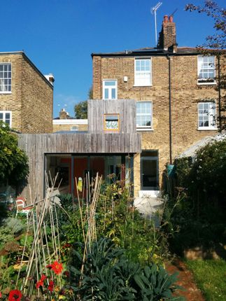 Thumbnail Semi-detached house to rent in Buckingham Road, London