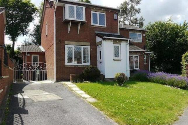 Thumbnail Detached house to rent in Clayton Road, Leeds