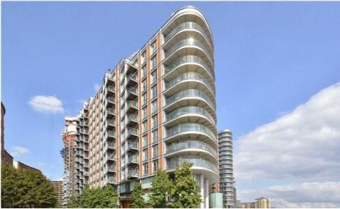 Thumbnail Flat to rent in New Providence Wharf, 1 Fairmount Avenue, Blackwall Way, Canary Wharf, London