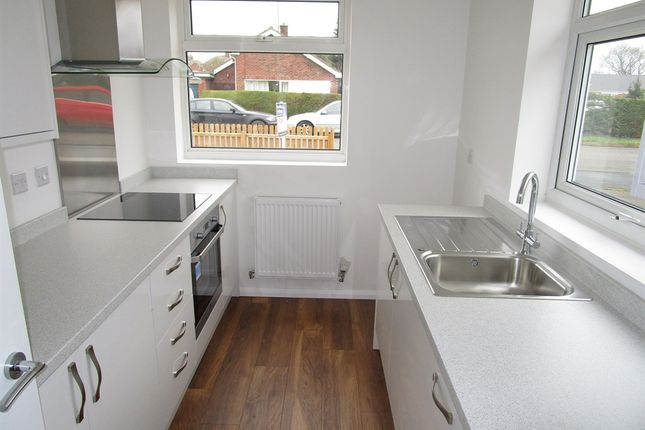 2 bed detached bungalow for sale in South Moor Drive, Heacham, King's Lynn