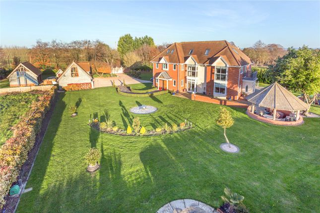 8 bed detached house for sale in Reading Road, Harwell, Didcot, Oxfordshire