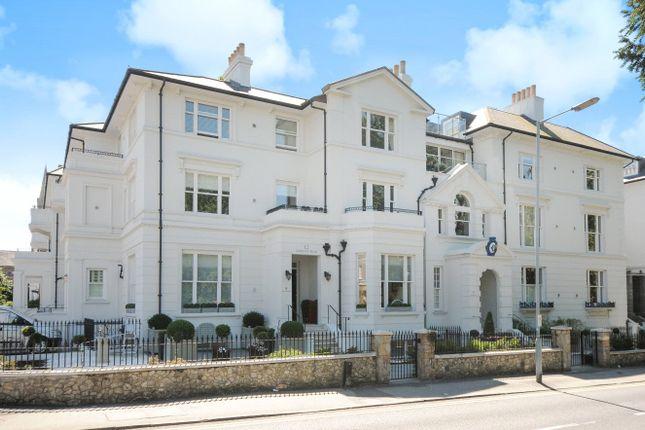 Thumbnail Flat to rent in The Residence, 26 Trinity Place, Windsor, Berkshire