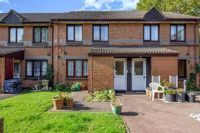 1 bed maisonette for sale in Staines-Upon-Thames, Surrey TW18