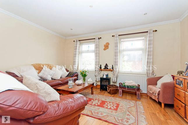 Thumbnail Terraced house for sale in Colebrook Way, New Southgate