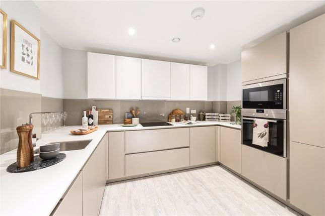 Thumbnail Flat for sale in Streatham Hill, Streatham, London.